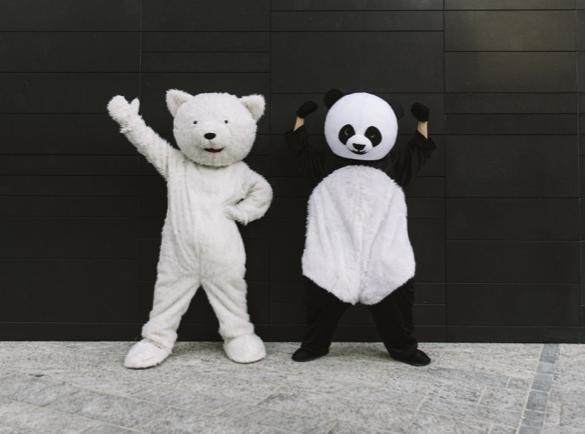 Cómo Destacar en una Exhibición o Feria | Mascota oficial