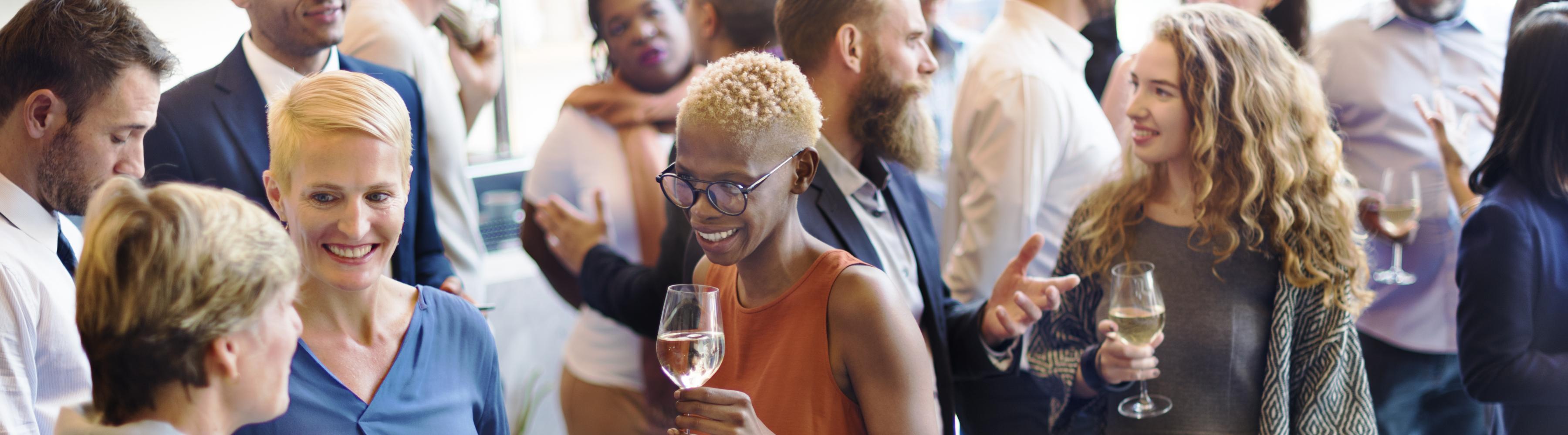 Qué Llevar a un Evento de  Empresas